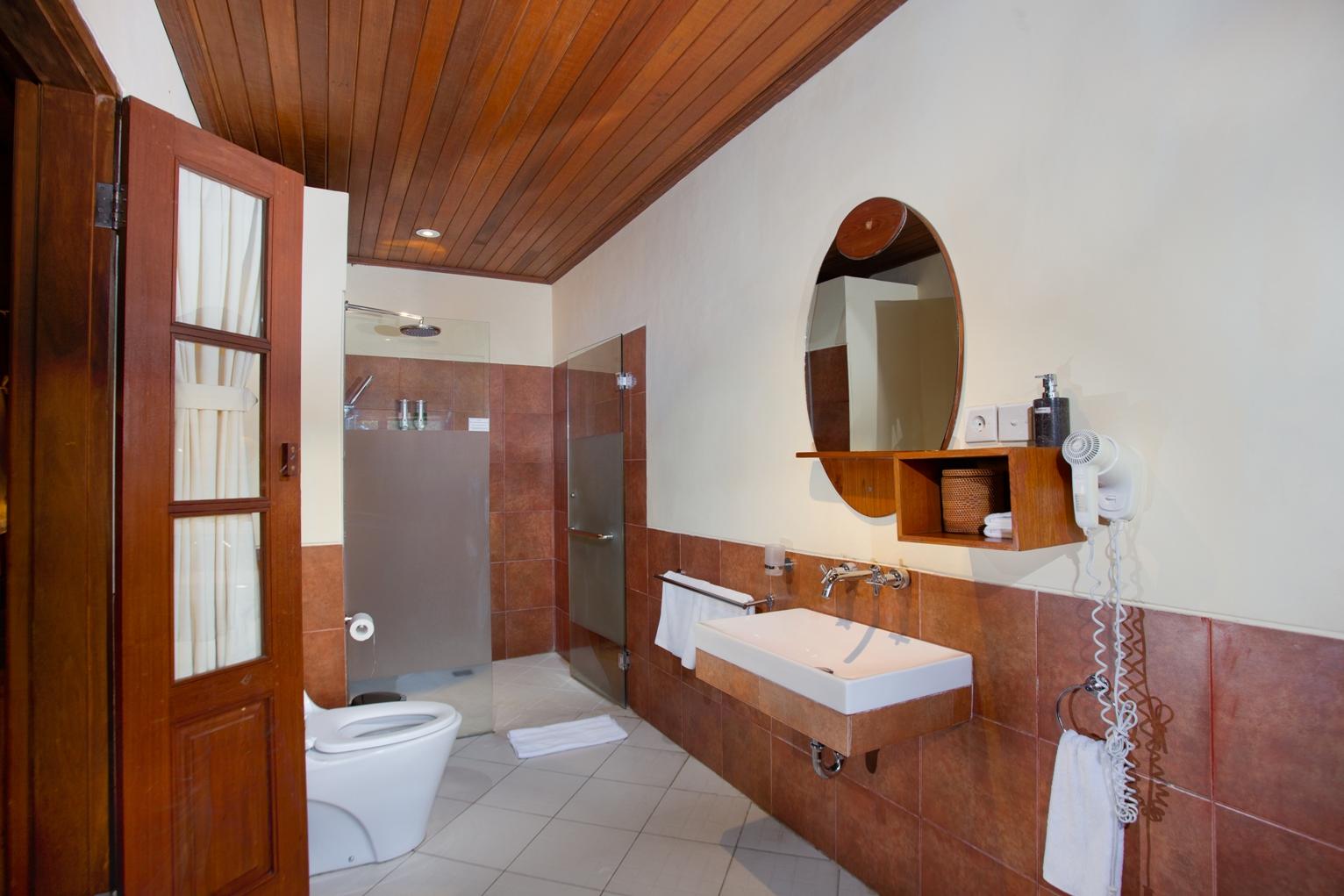 Bathroom - Super deluxe wooden